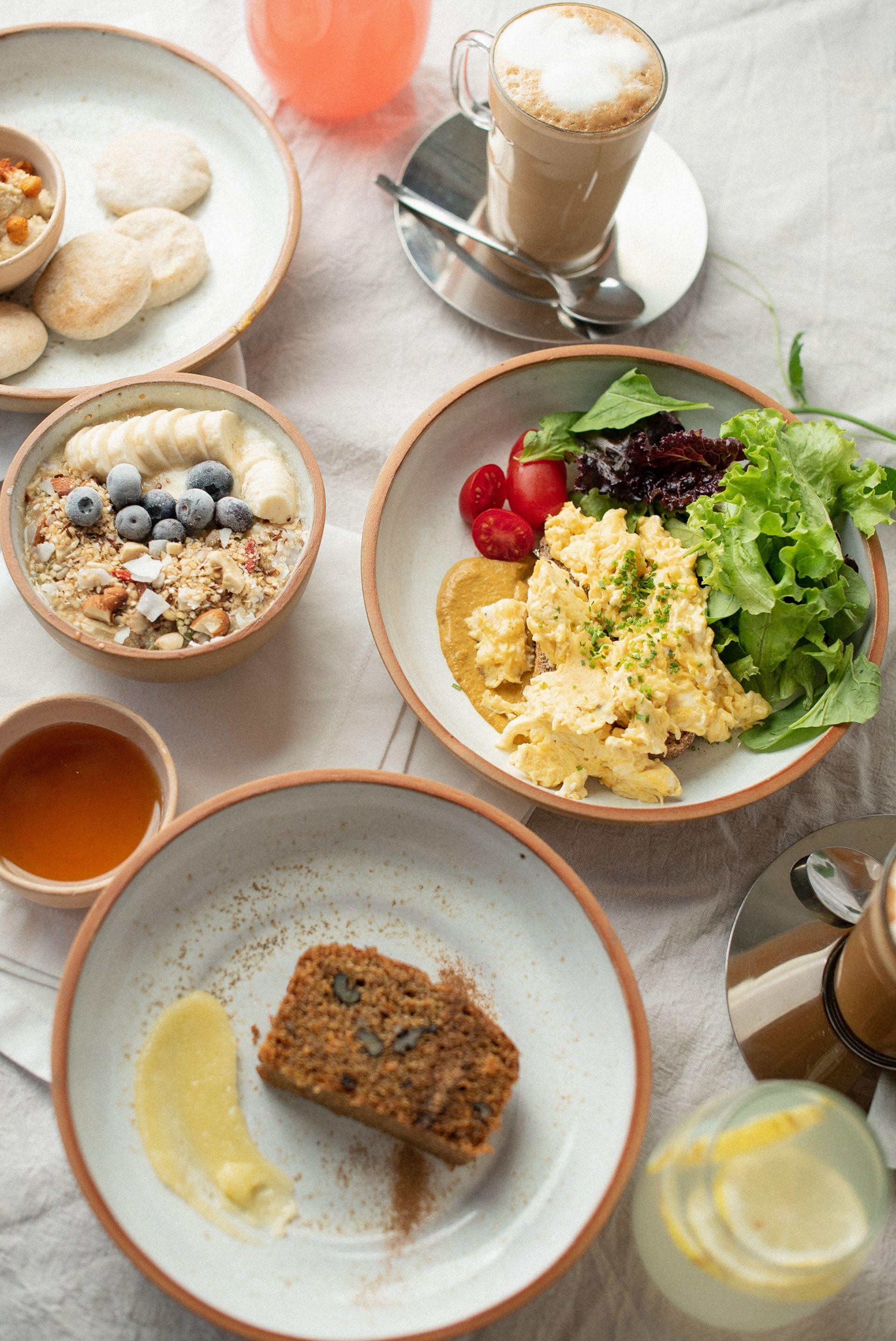 Eggs & Greens Café