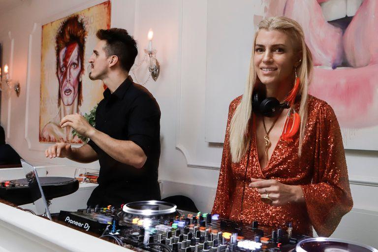 Modelos y celebrities participaron de una exclusiva fiesta musicalizada por Daniela Urzi