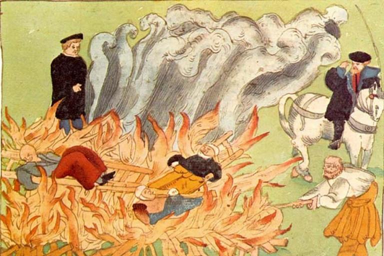 Cacería de brujas: el antiguo femicidio que sigue ocurriendo en algunos países