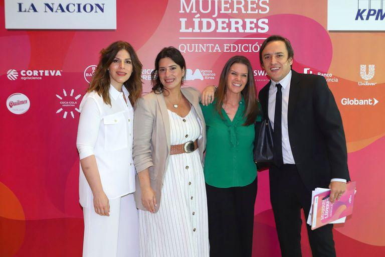 Mabby Autino , Inés Bertón, Sofía Gancedo y José Del Río