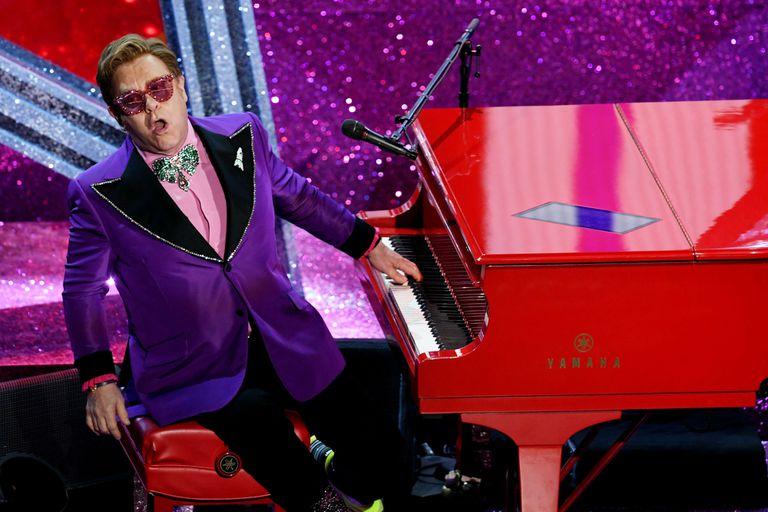 Elton John se puso picante al comparar su biopic con Bohemian Rhapsody