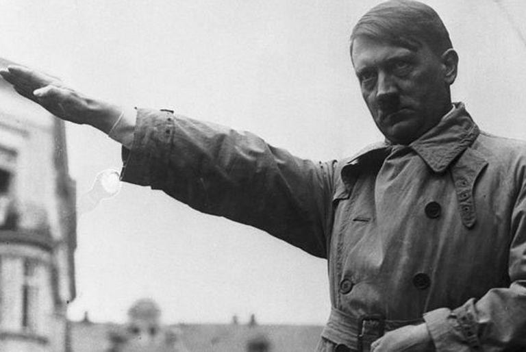 El Reich de 1.000 años que Hitler prometió llegó a su fin al cabo de 12 años.