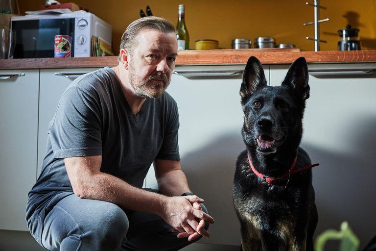 After Life: Ricky Gervais es el sufrido Tony en el ciclo de Netflix