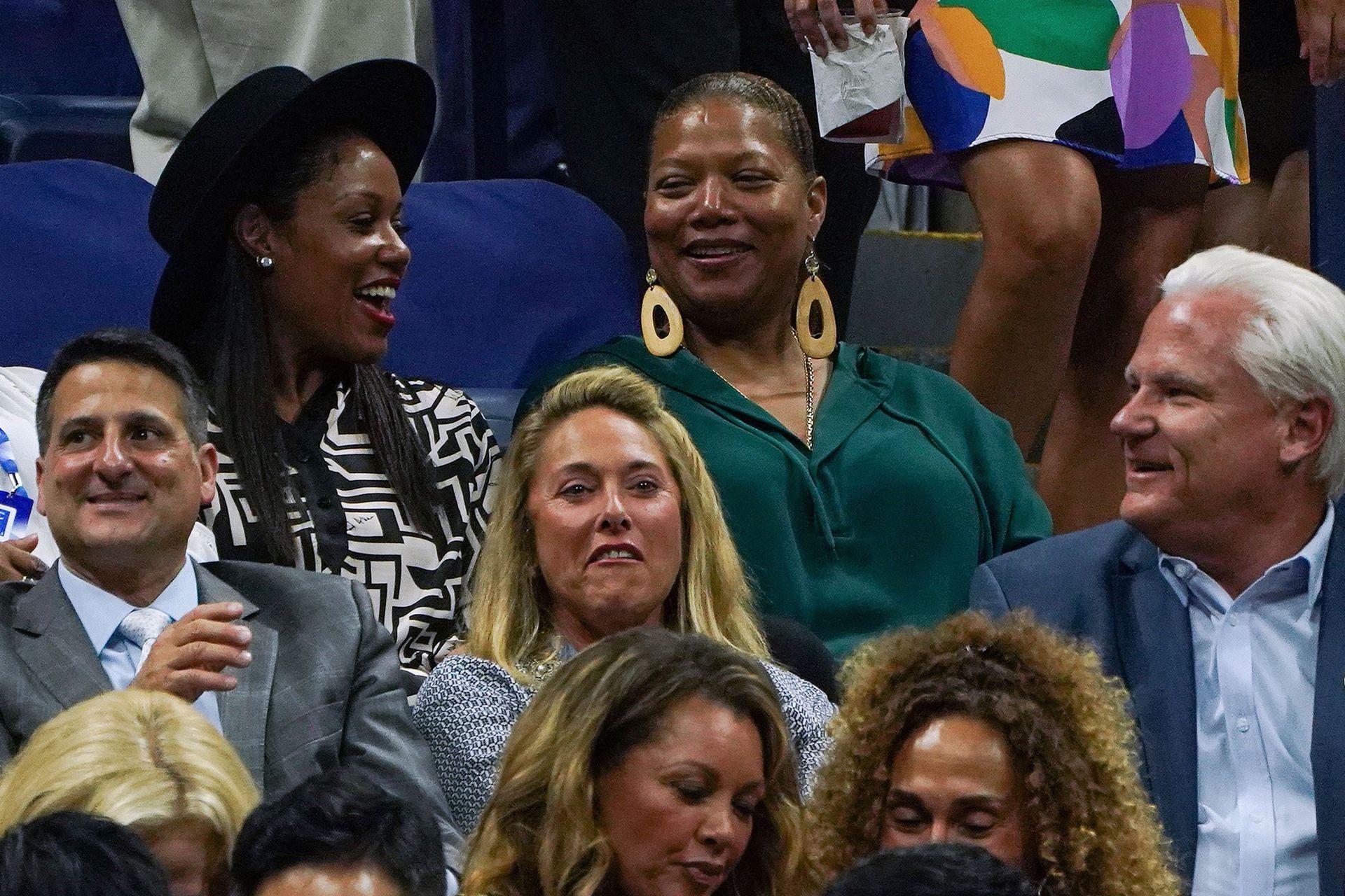 ¡Vamos Serena! La actriz Queen Latifah también estuvo presente en el partido que jugó Williams vs la tenista china Qianq Wang