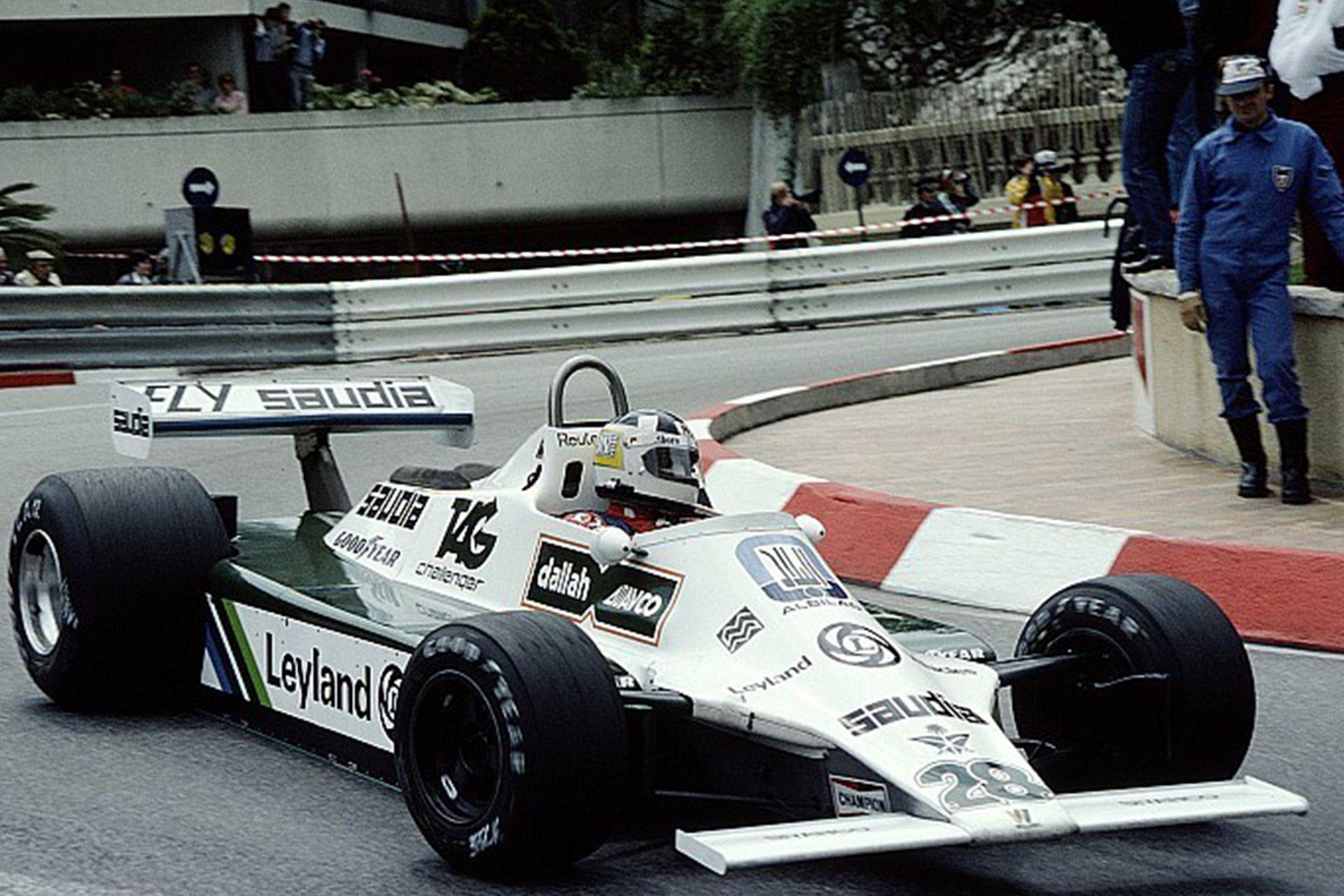 El Williams de Reutemann en la curva del hotel Loews, la más lenta de la Fórmula 1; el 18 de mayo de 1980, el santafesino logró su primera victoria en la escudería británica, el antepenúltimo de los 36 triunfos argentinos en la categoría