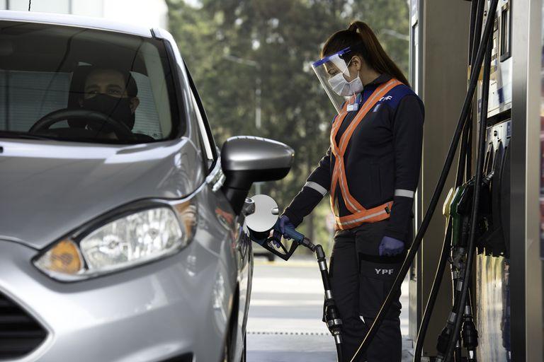 YPF subió otra vez los combustibles
