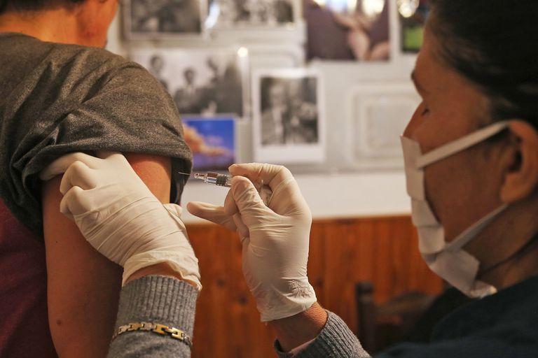 Ciudad: Cómo será la vacunación antigripal en plena campaña para Covid-19