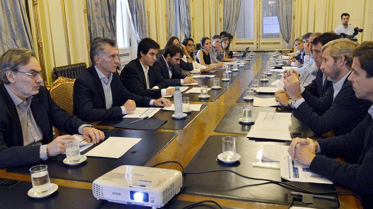 Macri junto a su gabinete