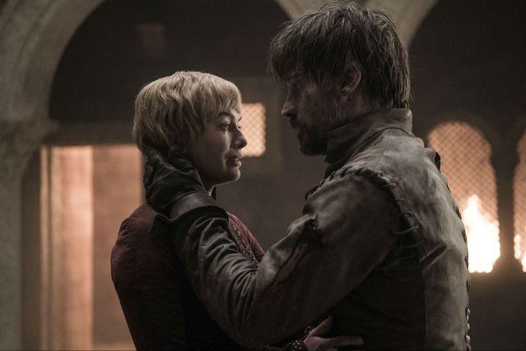 La serie fue a contramano de lo esperado. Los fans pedían un final cruel para Cersei, pero los guionistas decidieron humanizarla en sus minutos finales.