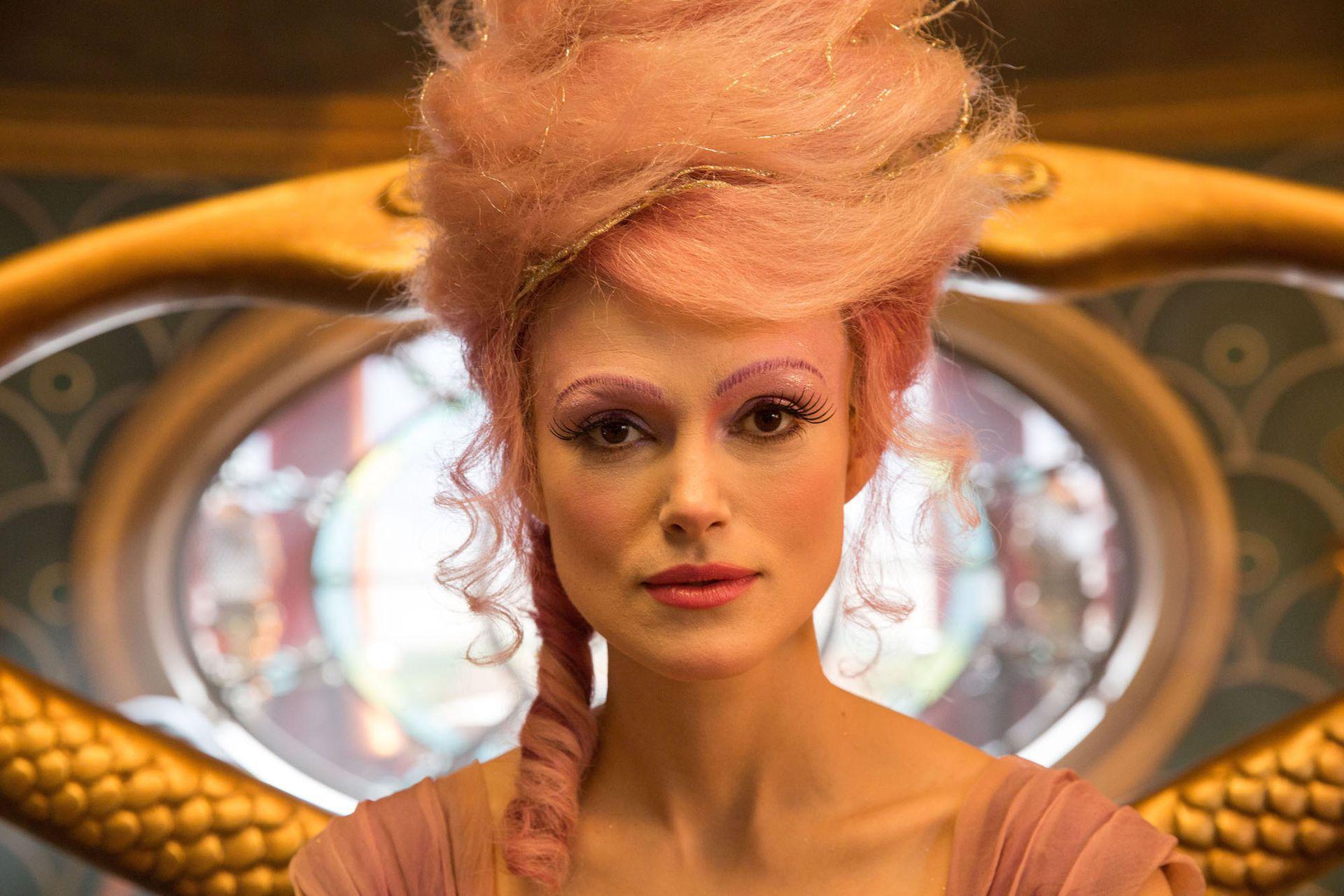 Keira Knightley es Sugar Plum, el hada de la deliciosa Tierra de los Dulces