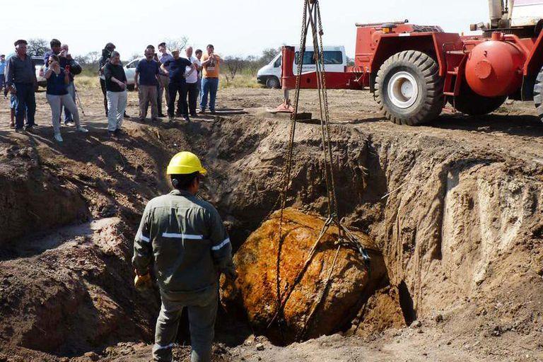 Meteorito que fue descubierto en septiembre de 2016 en la zona de Charata en Campo del Cielo y que permanece en el parque nacional
