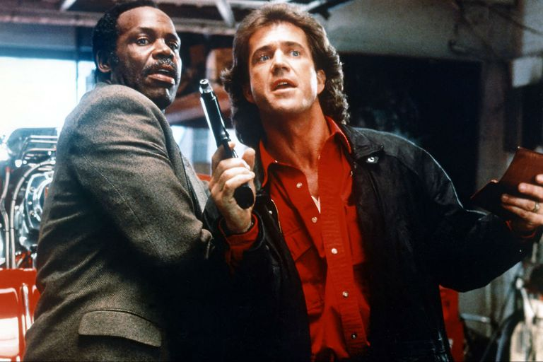 Danny Glover y Mel Gibson en Arma mortal, un modelo de acción y humor