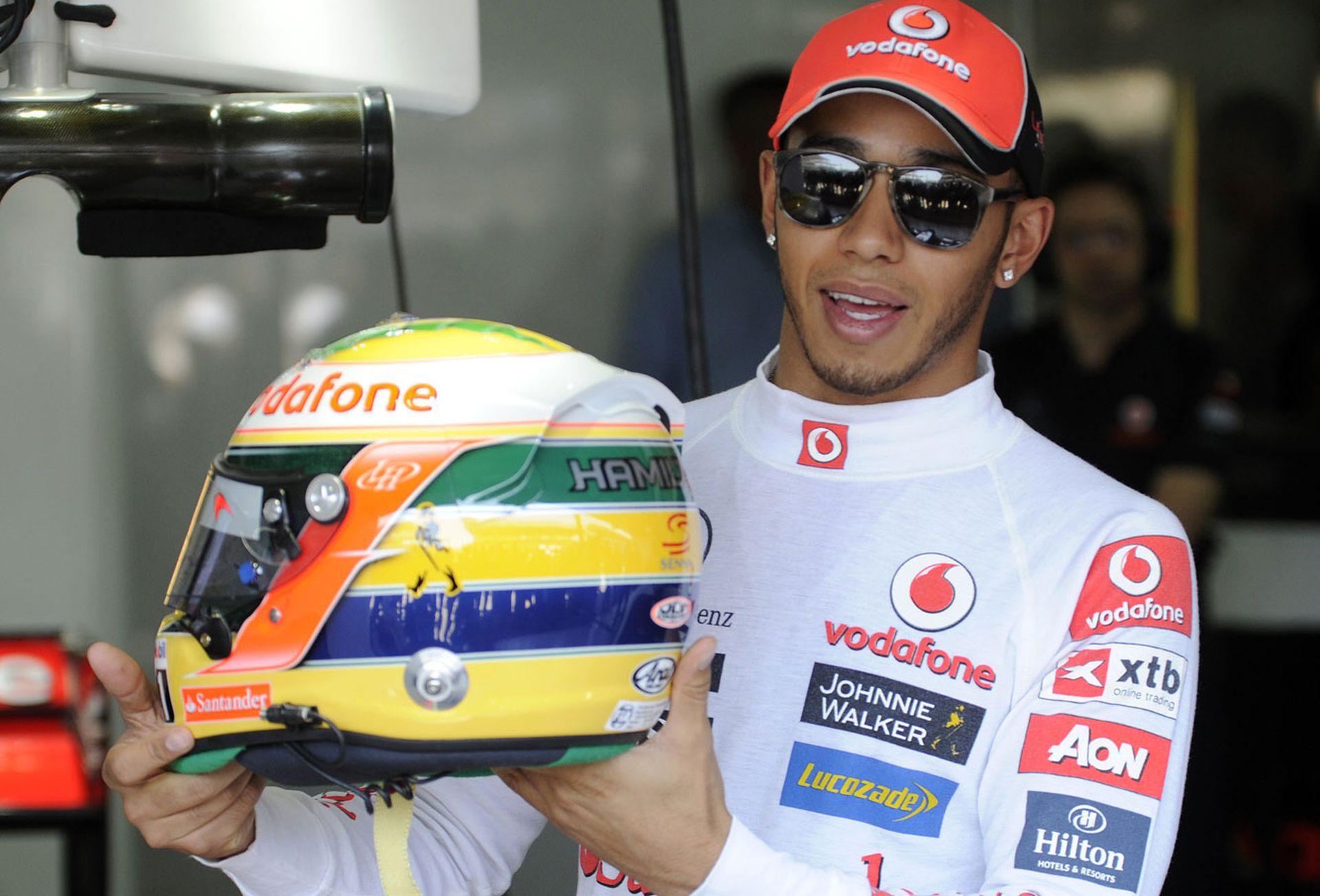 Hamilton y su homenaje a Senna: el casco con los colores de la bandera de Brasil