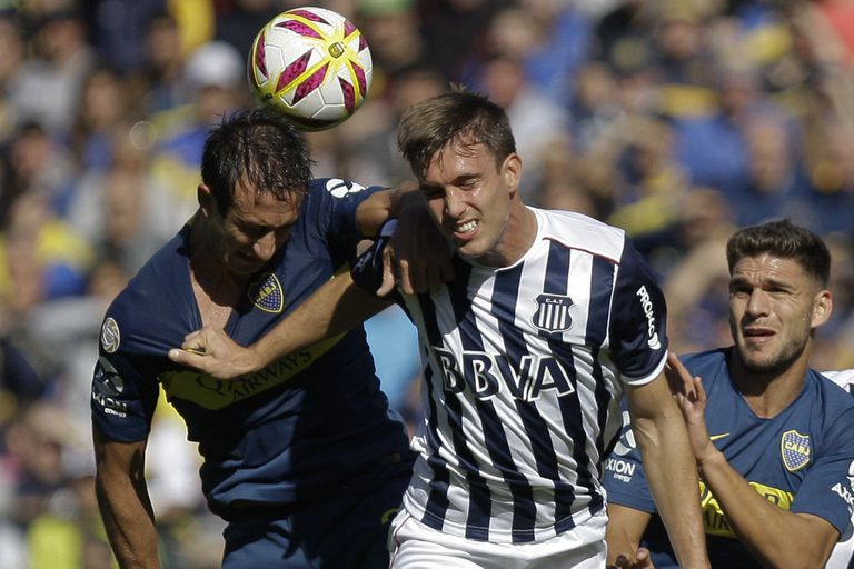 Con Izquierdoz, Goltz y Magallán, Boca quiere dejar de tener un problema central