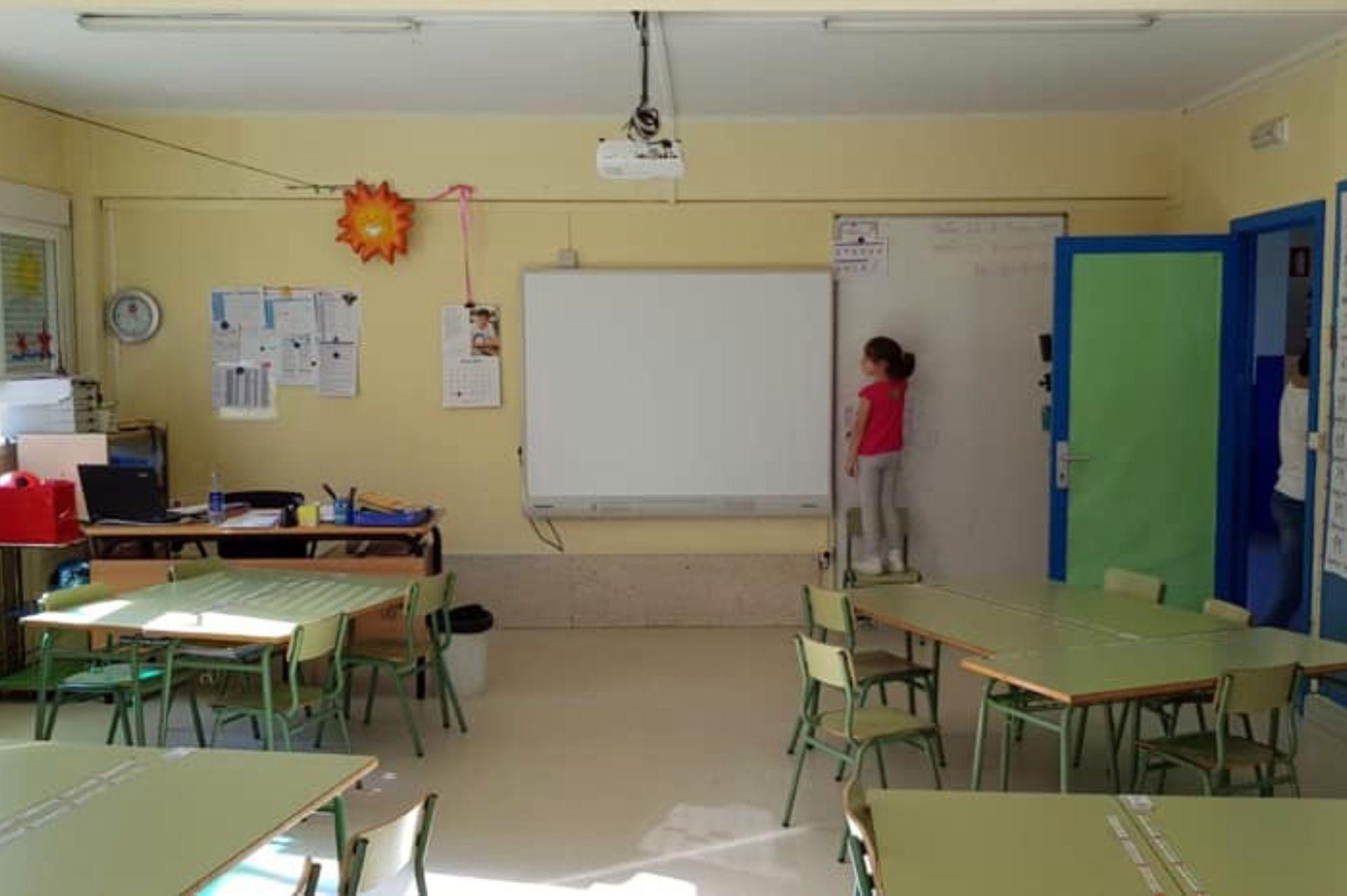 Lola en su aula.