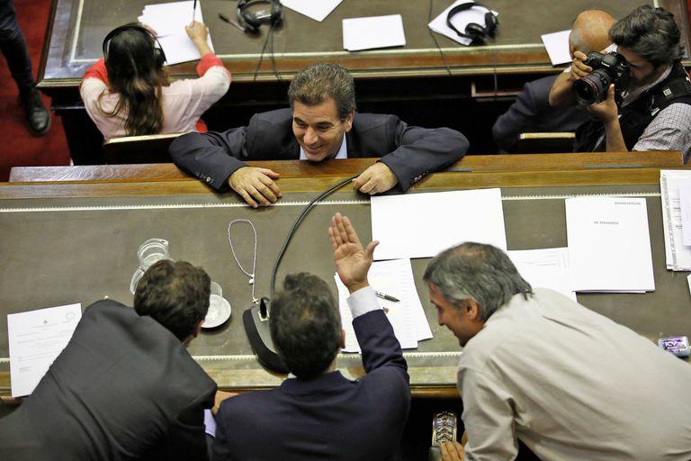 Cristian Ritondo dialoga con Sergio Massa y Máximo Kirchner
