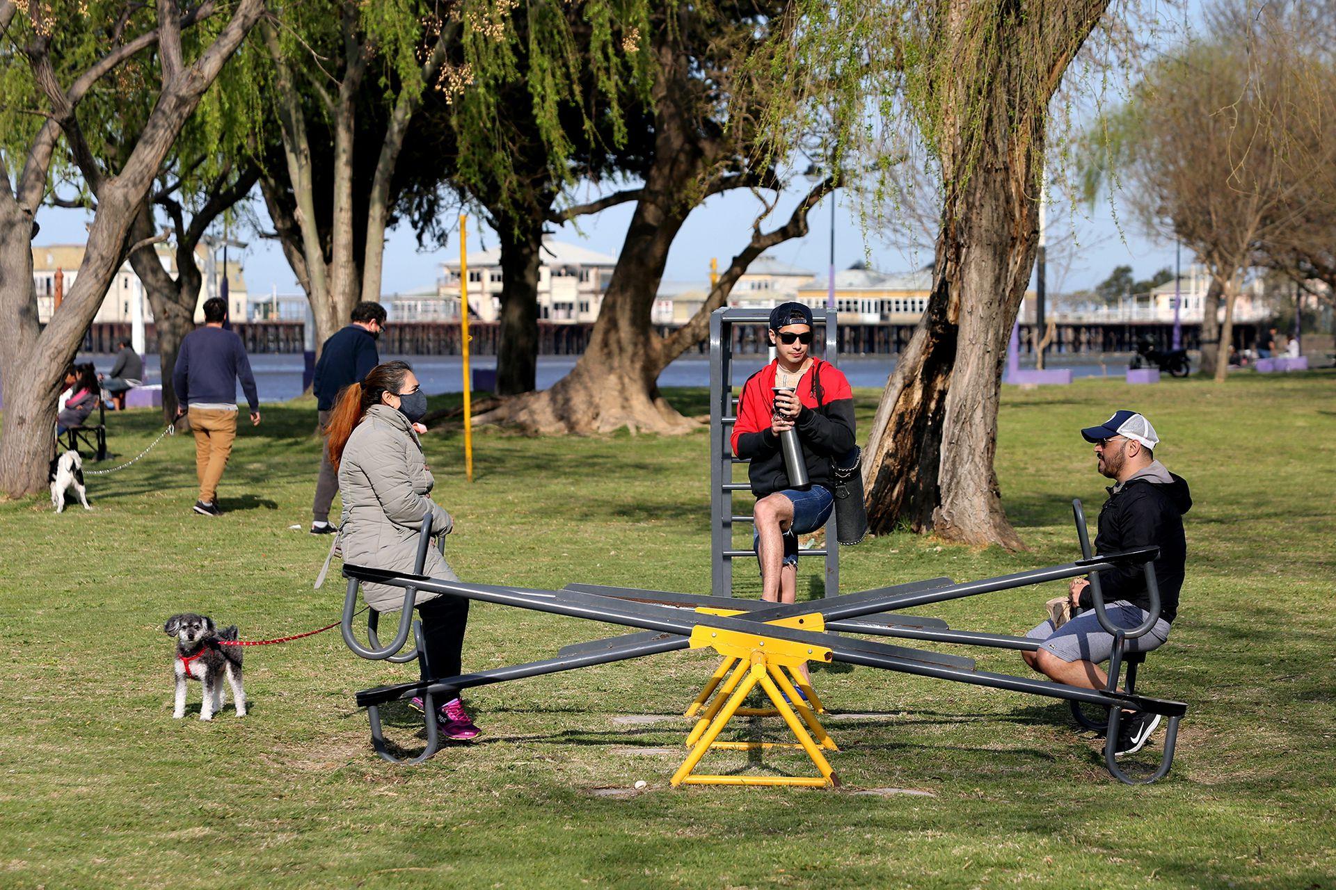 Un encuentro en los juegos de la ribera de Quilmes