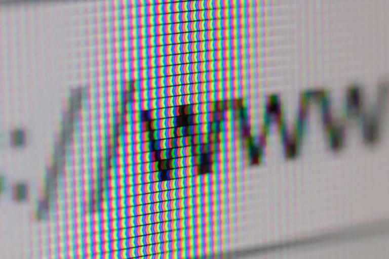 La idea de la Web fue presentada un día como hoy hace 30 años por Tim Berners-Lee; es un servicio que se monta sobre Internet, aunque muchas veces se los confunde