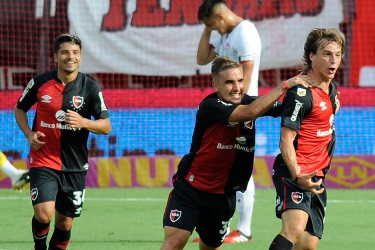 Newells - Estudiantes: juegan en Rosario por la Copa Diego Maradona