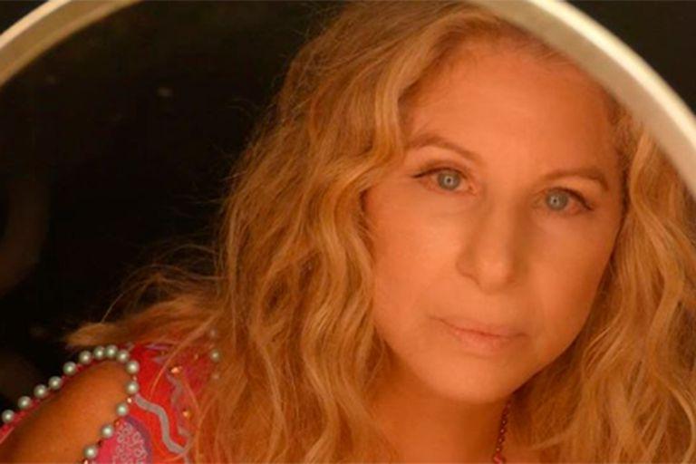 Barbra Streisand publicó un emotivo video en honor a los trabajadores