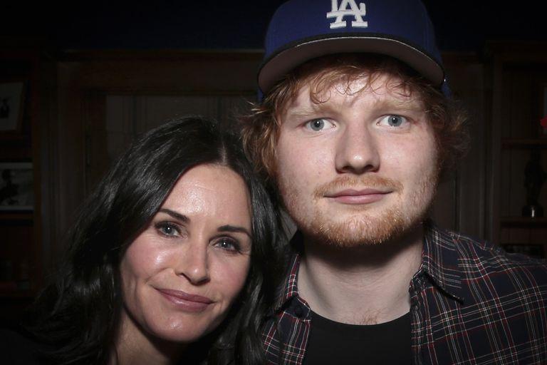 Friends: Courteney Cox y Ed Sheeran recrean la rutina de baile de Monica y Ross