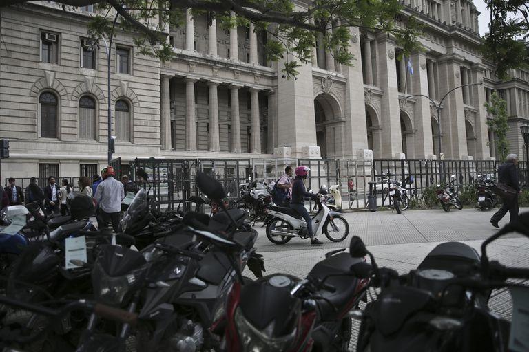 La zona de Tribunales, sin autos ni motos desde el jueves 15