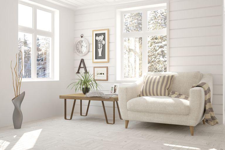 El sofá debe ser cómodo, seguro y tener vistas a las puertas y ventanas del ambiente