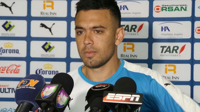 Nery Domínguez se suma a Racing