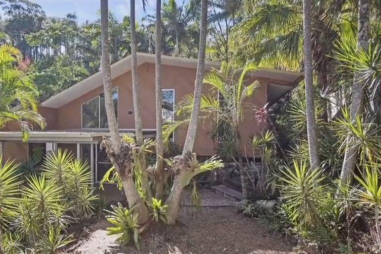 Una pareja australiana pagó medio millón de dólares por una casa que fue devorada por termitas y tiene que ser demolida