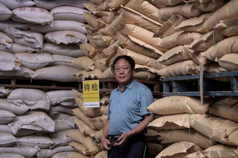 Condenan a 18 años de prisión en China a un empresario multimillonario crítico del régimen de Xi
