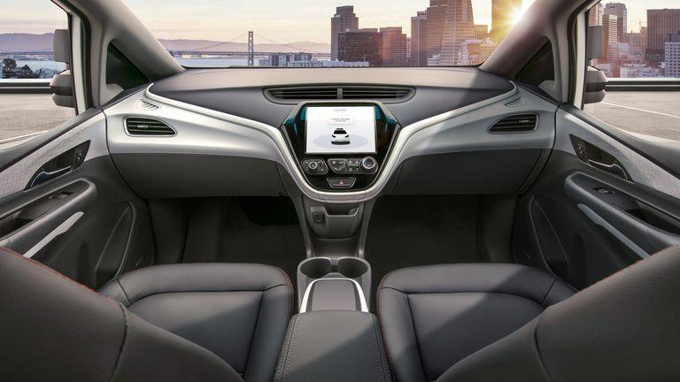 Así se ve el interior del Cruise AV, el vehículo autónomo sin pedales ni volante que presentó GM