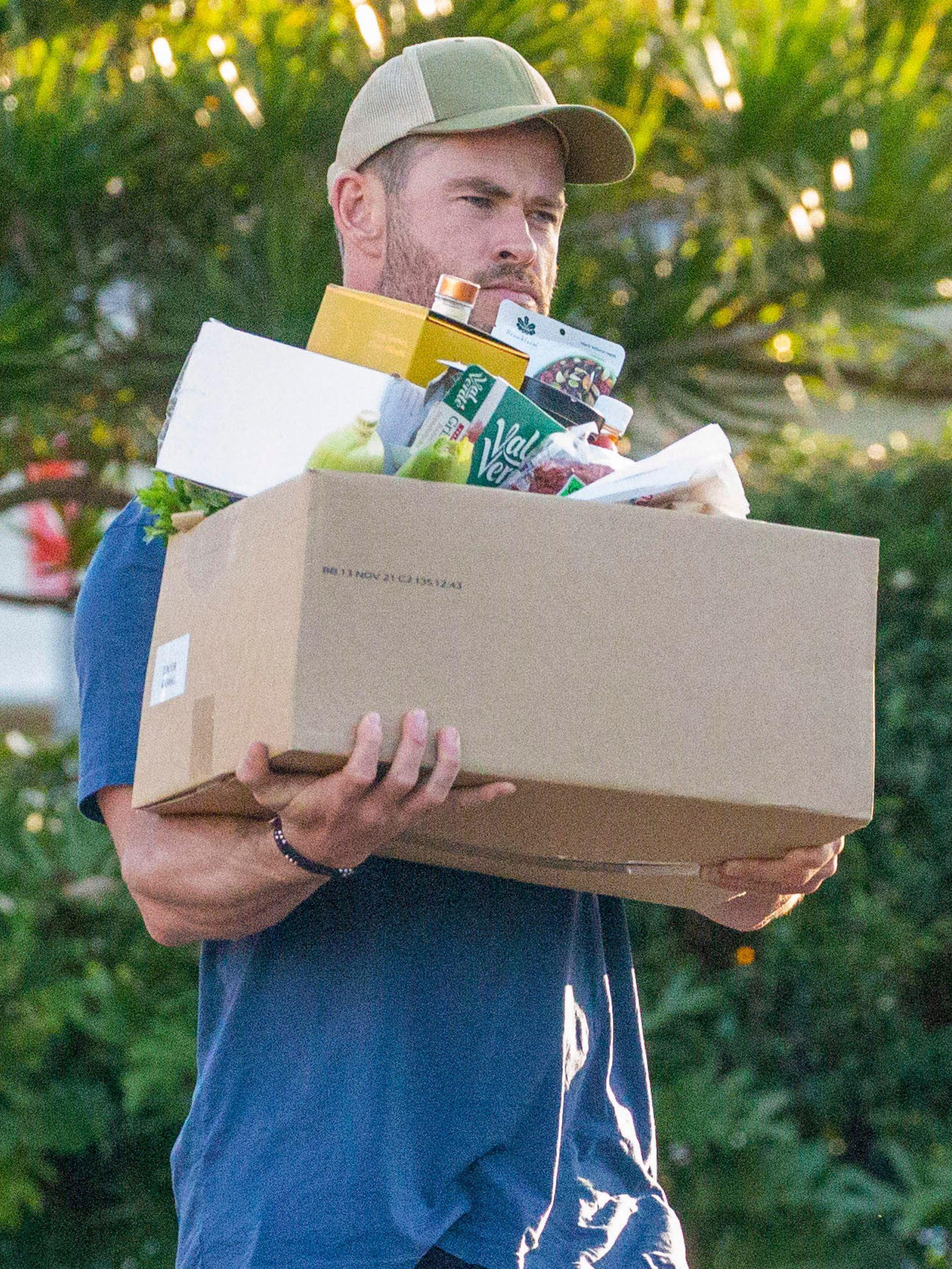 Chris Hemsworth, a la vuelta de su salida al mercado