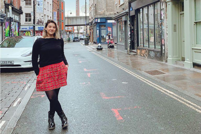 Frustrada, se fue a Londres para ser actriz pero allí encontró mucho más