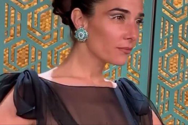 """""""Muy sexy"""". El vestido con transparencias de Juana que no pasó inadvertido"""
