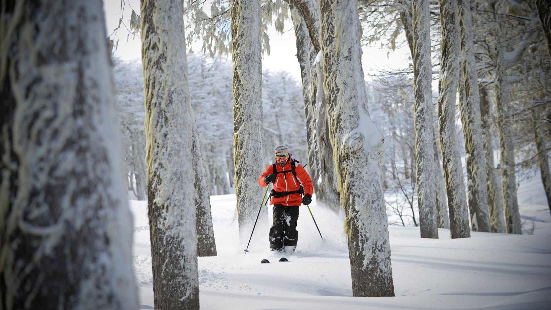 En Chapelco están poniendo la montaña a punto para habilitar las pistas el 19 de junio