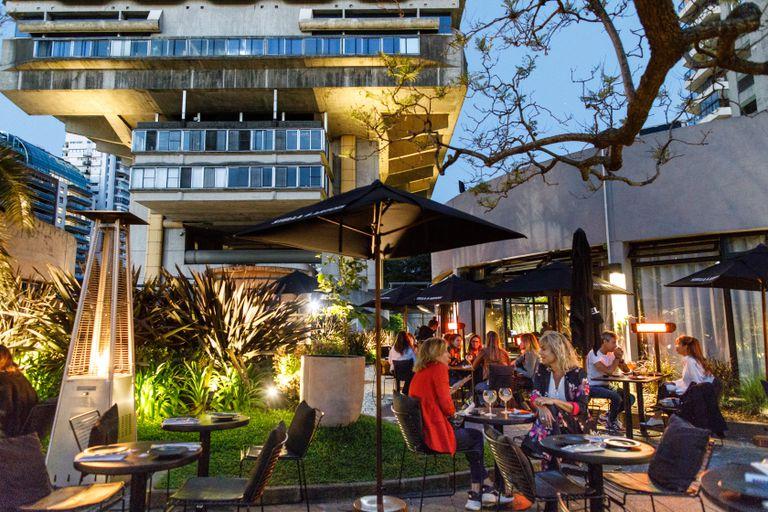 Comer al aire libre: los mejores patios y terrazas de la ciudad