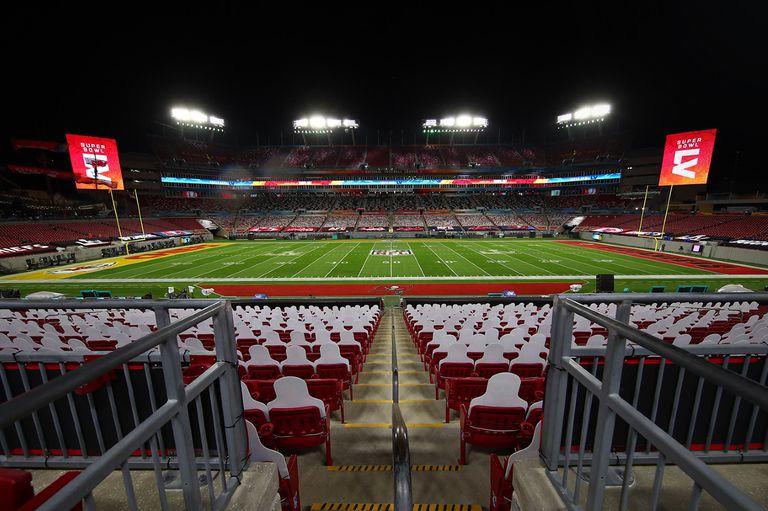 La NFL le ofreció a Joe Biden los estadios de sus equipos para utilizar como centro de vacunación masiva contra el Covid-19