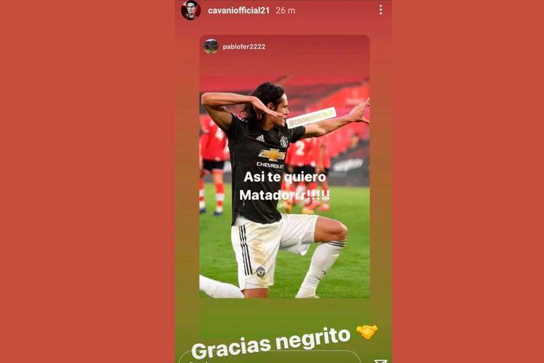 """El """"Gracias, negrito"""" con el que Edinson Cavani le agradeció las felicitaciones a un amigo y que generó una insólita sanción por parte de la Federación Inglesa de Fútbol."""