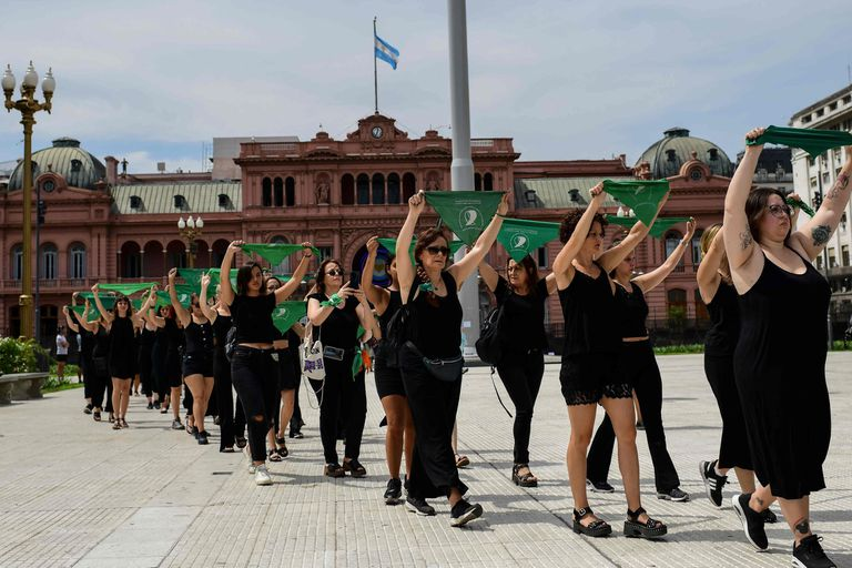 Movilizaciones en todo el país y respaldos políticos por el Día de la Mujer