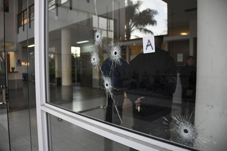 Atacan a balazos un edificio judicial cercano a Rosario
