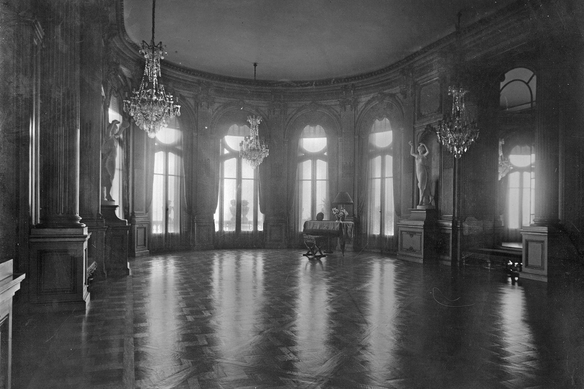 El salón de baile. 1926.