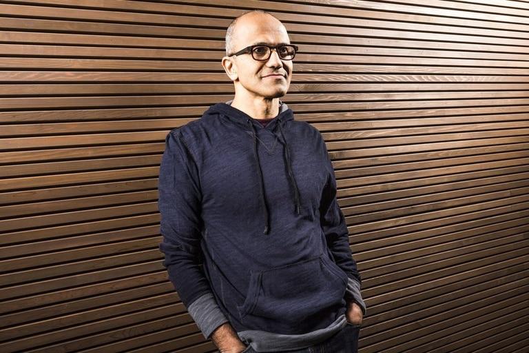 Satya Nadella, de 46, estará al frente de Microsoft en reemplazo de Steve Ballmer