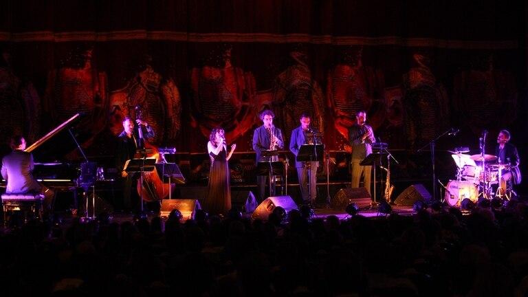 Escalandrum sigue siendo un grupo vital, original, que le escapa a los cánones y aporta una visión personal y jazzística a la música argentina
