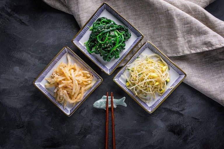 Kimchi  de cubitos de nabo (kaktugui)
