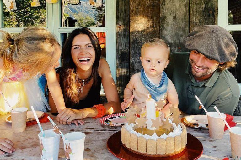 Zaira Nara festejó el primer cumpleaños de Viggo en la Patagonia