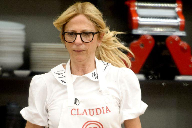 A Claudia Fontán no le dejan pasar una.