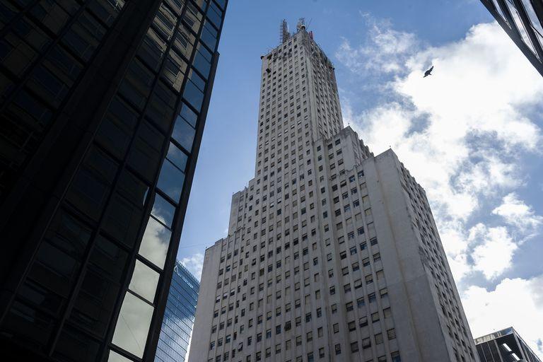 Los secretos del búnker de Perón, el refugio que se escondía debajo de una torre céntrica
