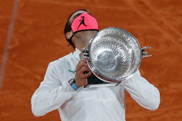 El español Rafael Nadal, el año pasado, al conquistar el Abierto de Francia por 13a vez en su vida.