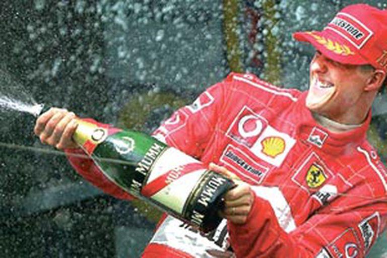 La acostumbrada imagen vencedora de Michael Schumacher
