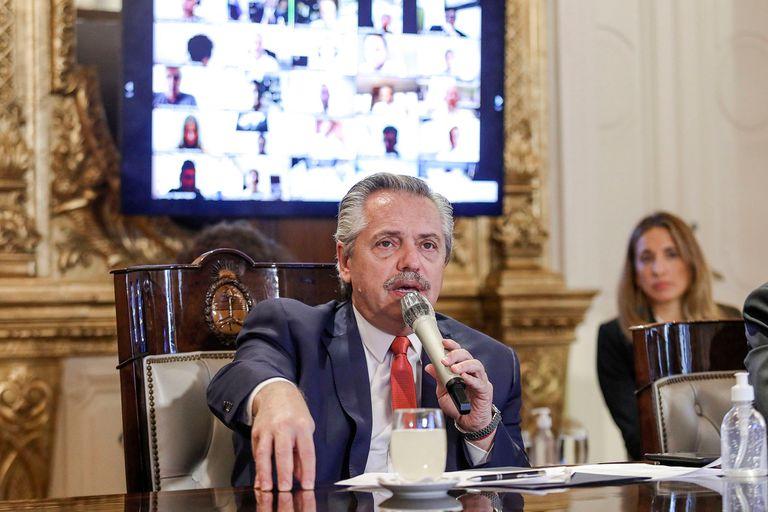 Alberto Fernández compartió una videoconferencia con referentes de las principales firmas digitales